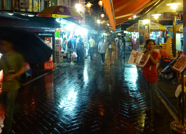 Streets, Chinatown Area, Where to Stay in Singapore on a Budget