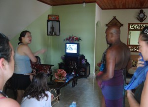 Watching TV, South Sri Lanka Tsunami Warning April 2012, Asia