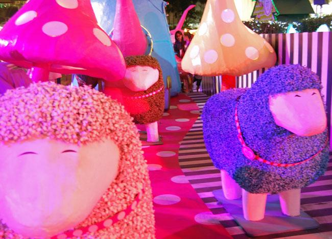 Amarin Plaza Christmas Land, Christmas in Bangkok Christmas Lights Tour