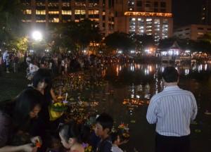 Floating Krathongs, Benjasiri Park in Sukhumvit Queens Park, Bangkok