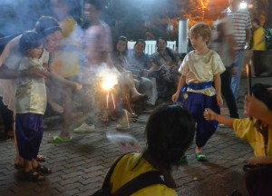 Local Expat Kids, Benjasiri Park in Sukhumvit Queens Park, Bangkok