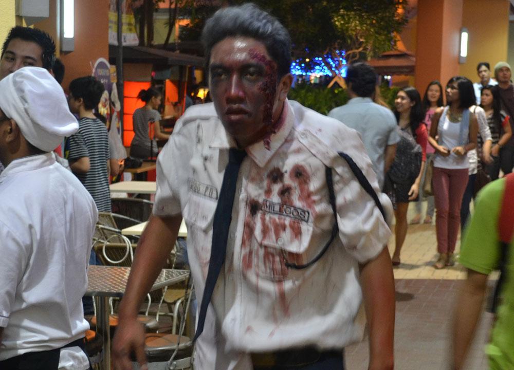 Walking Dead Mall Cop. Halloween in Manila Philippines, Southeast Asia