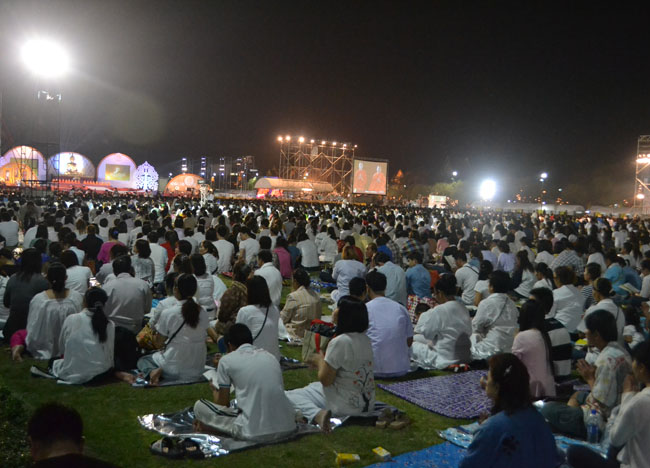 Sanam Luang New Years Eve, New Years Day in Bangkok, Southeast Asia