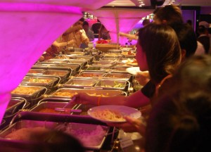 Dinner Cruise Buffet, Travel in Southeast Asia, Tourist Attractions