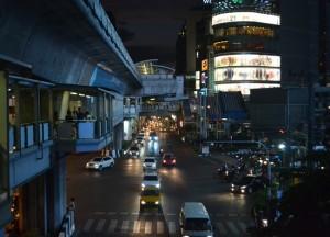 Asoke Interchange, Cost of living in Bangkok on a budget, sukhumvit area