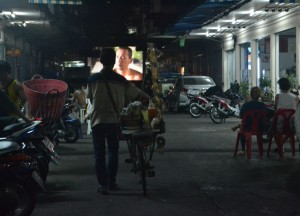 Local Streets, Cost of living in Bangkok on a budget, sukhumvit area