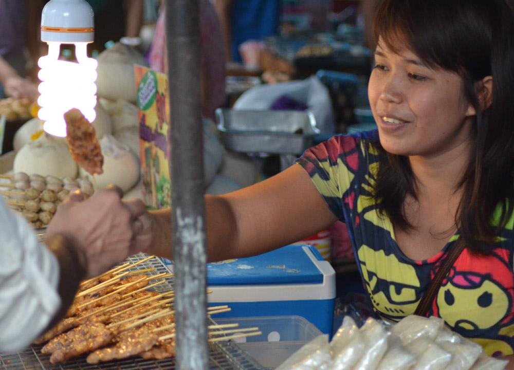 Moo Ping Pork, Eating at JJ Market Bangkok, Chatuchak Weekend Shopping