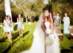 Throwing the Bouquet, Wedding in Bali Ubud, Travel Bloggers Wedding