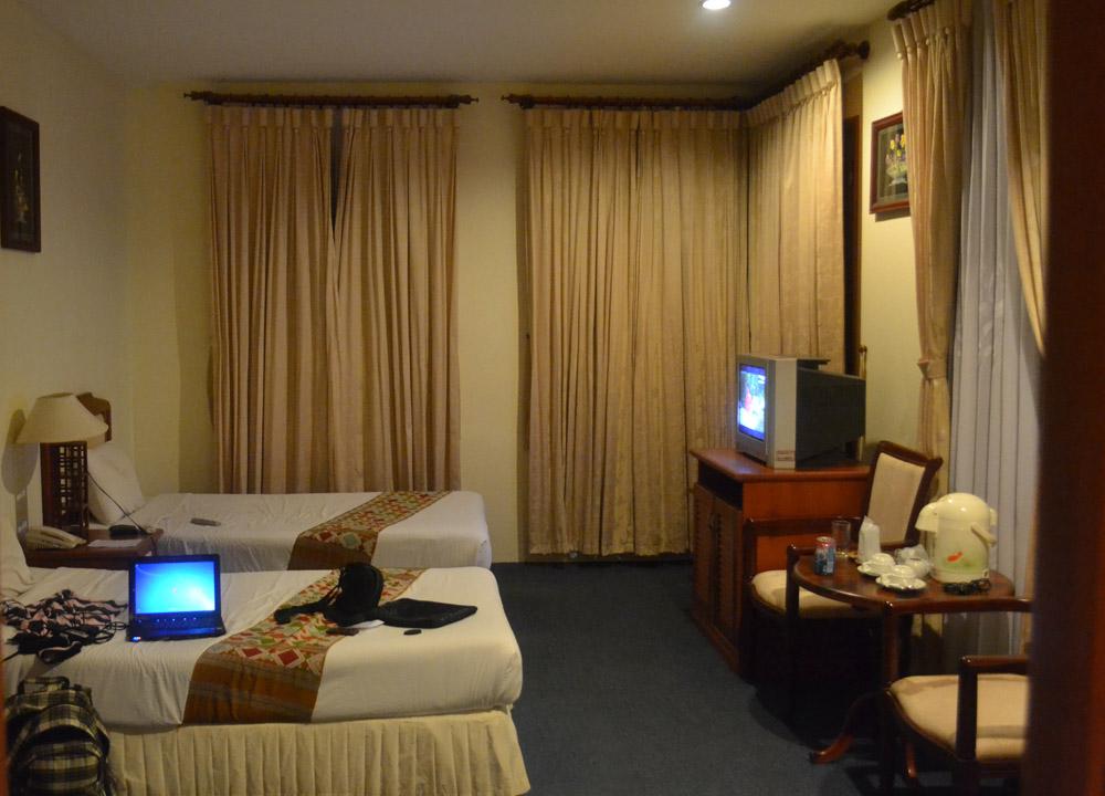 Standard Twin Room, Champasak Palace Hotel Pakse Hotel Review Laos