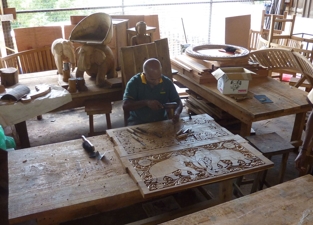 Kandy Wood Carving, South Sri Lanka Tour, Independent Travel Asia