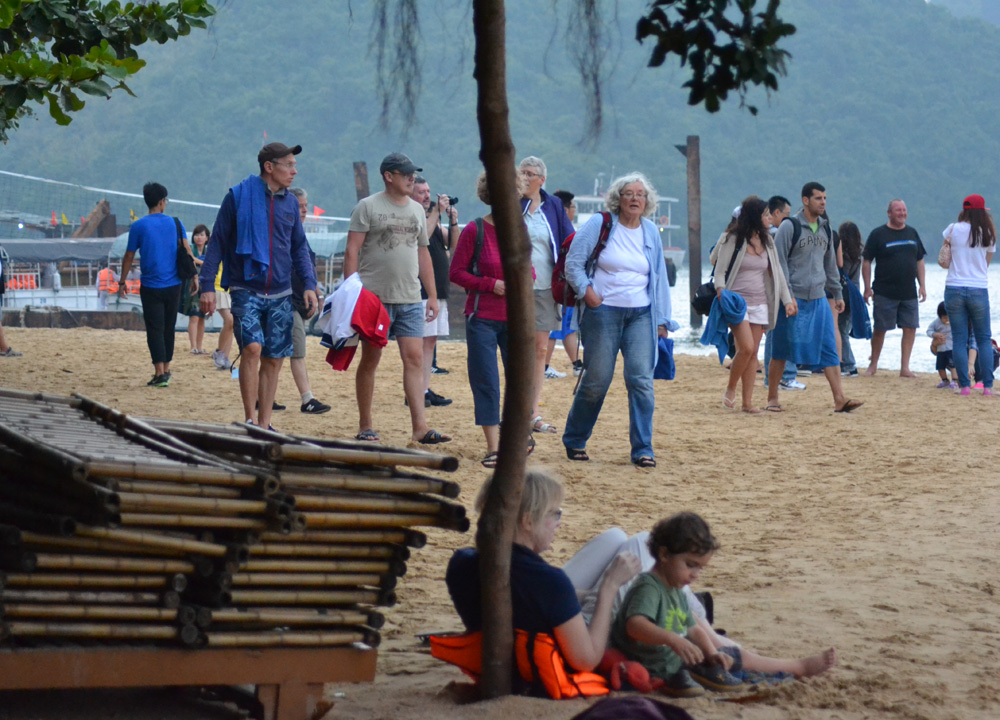 Tourist Beaches, Best Halong Bay Overnight Cruise Tours from Hanoi