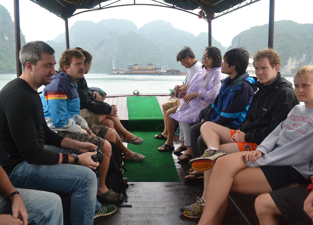 Travelling Flashpackers, Best Halong Bay Overnight Cruise Tours from Hanoi