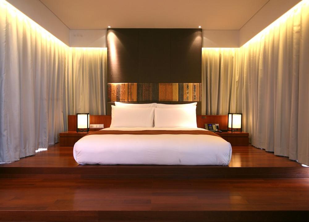 Top 10 boutique hotels in bangkok sukhumvit silom riverside for Boutique bedroom designs