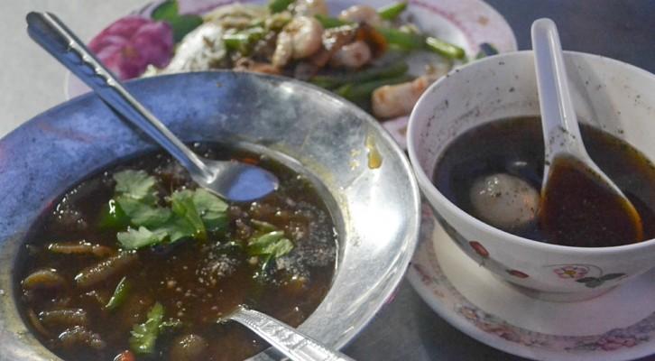 Bangkok Vegetarian Festival (Chinatown)