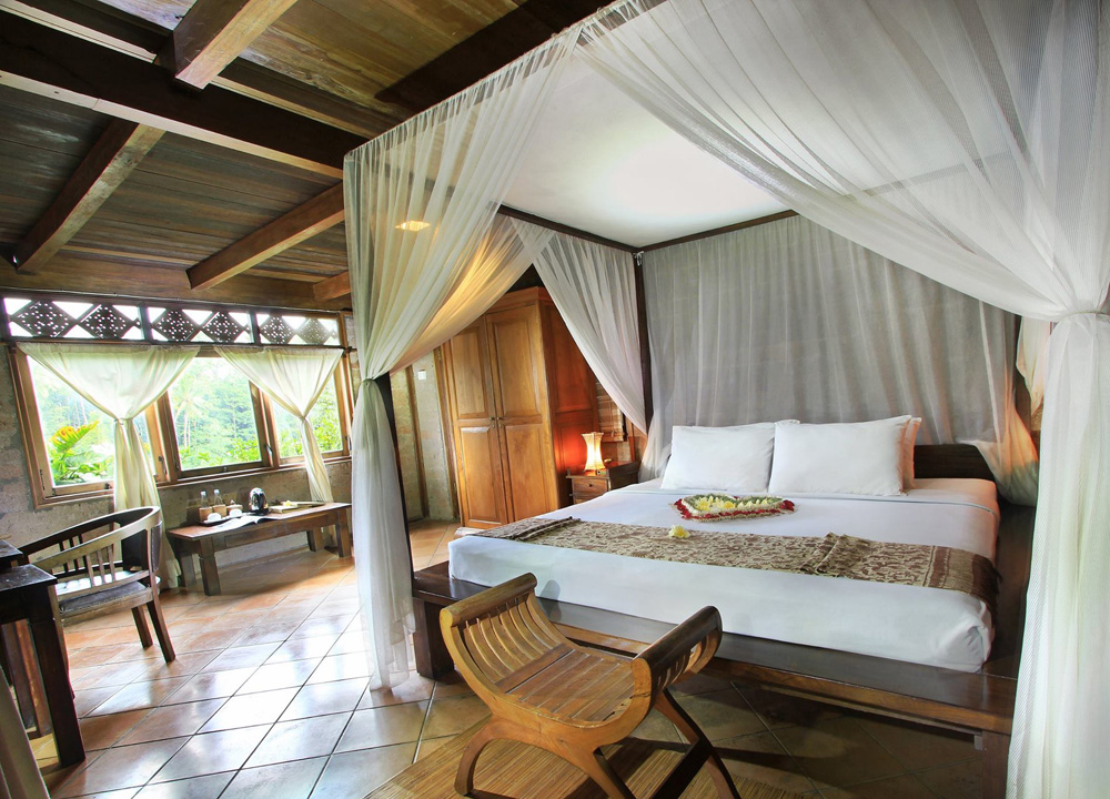 Budget hotel suites live less ordinary the contemporary for Best luxury hotels in ubud bali