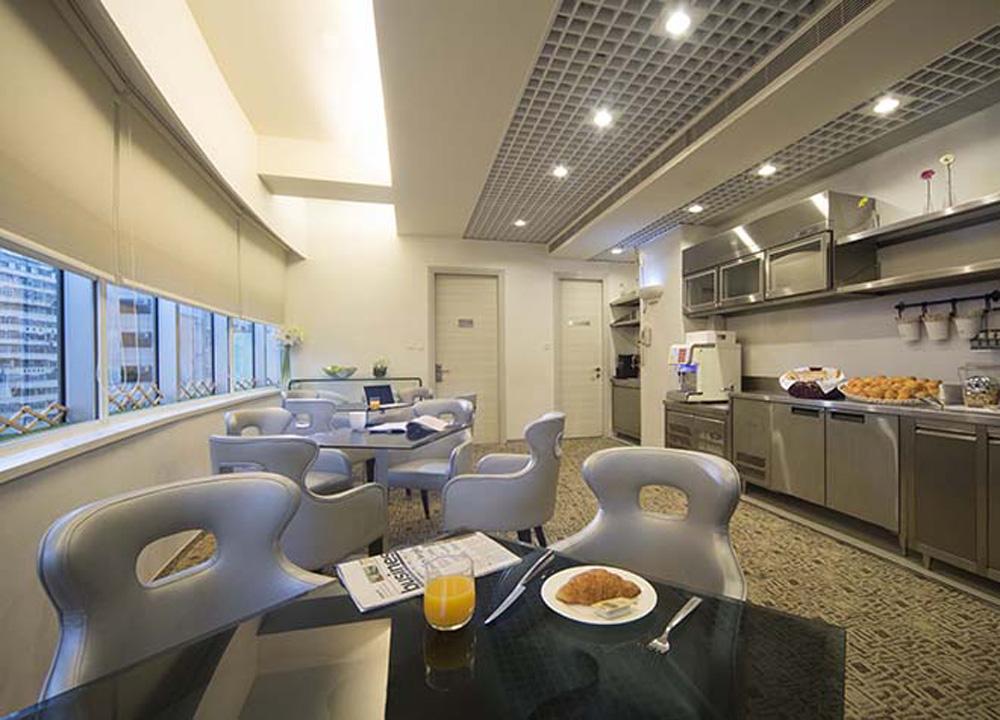 Iclub wan chai lounge top 10 boutique hotels in hong kong for Design boutique hotel hong kong