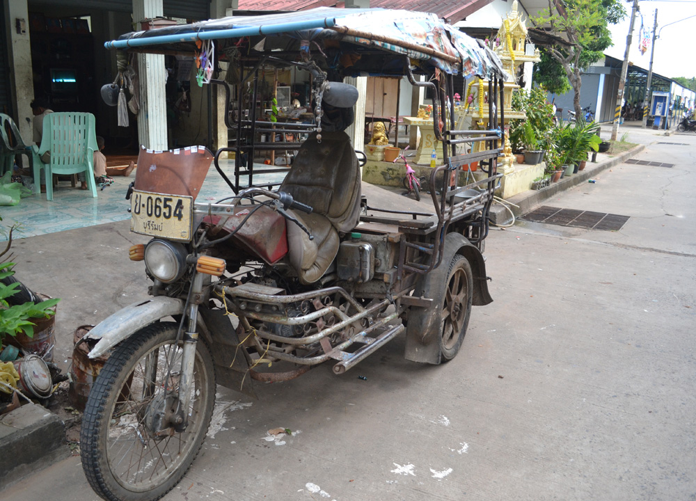 Old Tuk Tuk in Isaan Living in Rural Thailand | Live Less ...