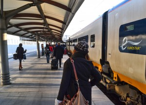 Eurostar Platform, Travel from London to Paris Eurostar, Low Cost Airlines