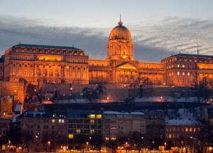 Danube Riverside, Budapest Underground Metro Tourist Scam