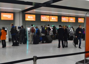 Easyjet Checkin, Travel from London to Paris by Eurostar, Low Cost Airlines