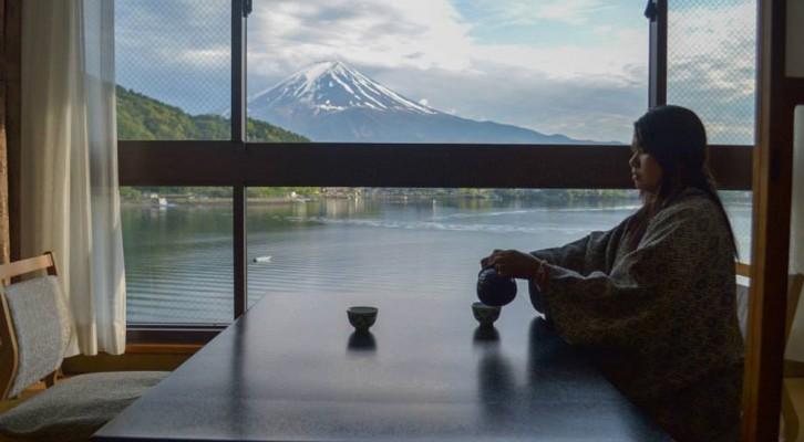 Ryokan Hotel Experience at Mount Fuji