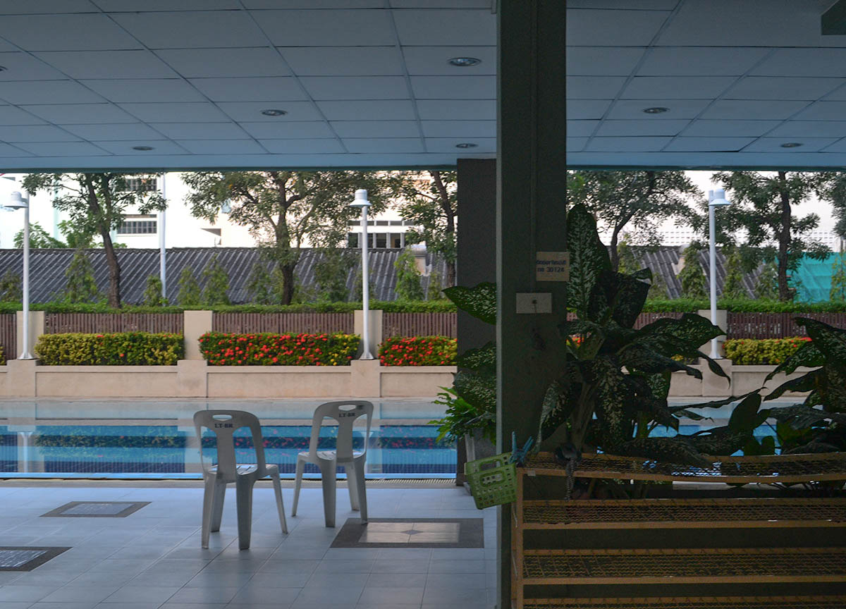 Swimming Pool Living In Bangkok Suburbs Ramkhamhaeng Bangkapi Lumpini Ladprao 1 Live Less
